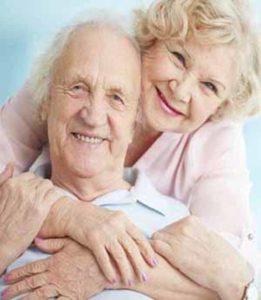 Comprar seguro de viaje para adulto mayor